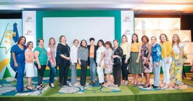 Coopmédica realiza conferencia sobre retos de la mujer