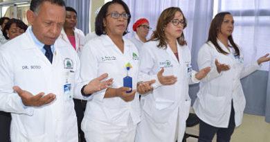Hospital Marcelino Vélez Santana inicia semana aniversario de enfermería
