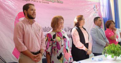 Jacinta Estévez lleva Operativo de Prevención de Cáncer de Mama a Lengua Azul en SDE