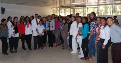 SNS entrega nombramientos a personal contratado del hospital Antonio Musa