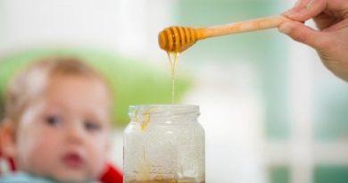ATENCIÓN: ¿Por qué los bebés no pueden comer miel?