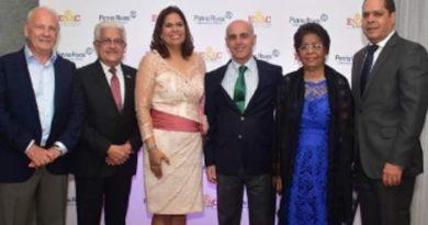 Patria Rivas recibe dos acreditaciones por entidad europea