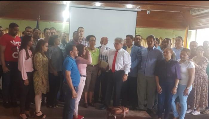 Movimiento Médico elige al doctor Waldo Suero como candidato presidencial del CMD