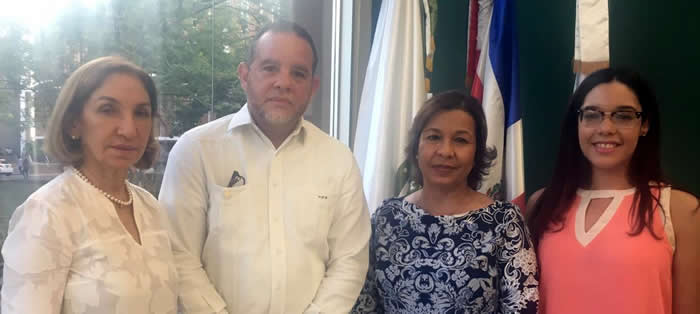 Especialistas dictan conferencia sobre dengue