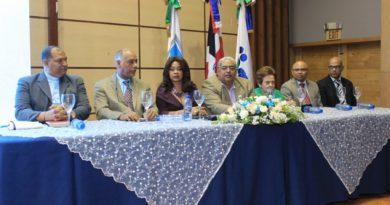 Ney Arias Lora inaugura Novena Jornada Científica Aniversario; lanza revista de ciencia