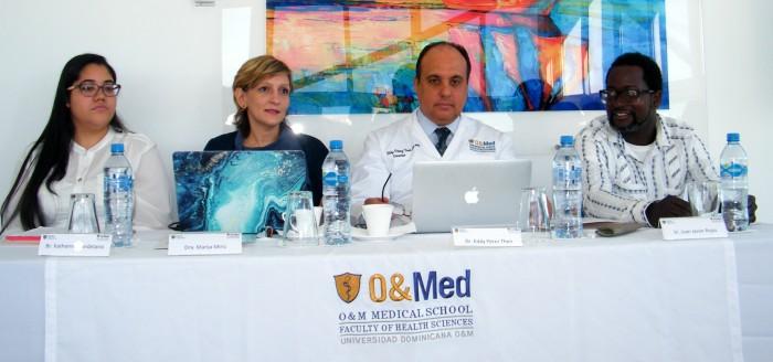 Destacan importancia de formar médicos acorde a necesidades del país