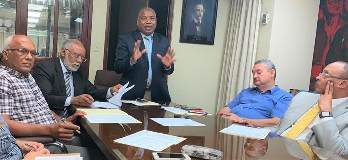 ¿Qué se estableció en reunión del CMD y Sociedades Especializadas?