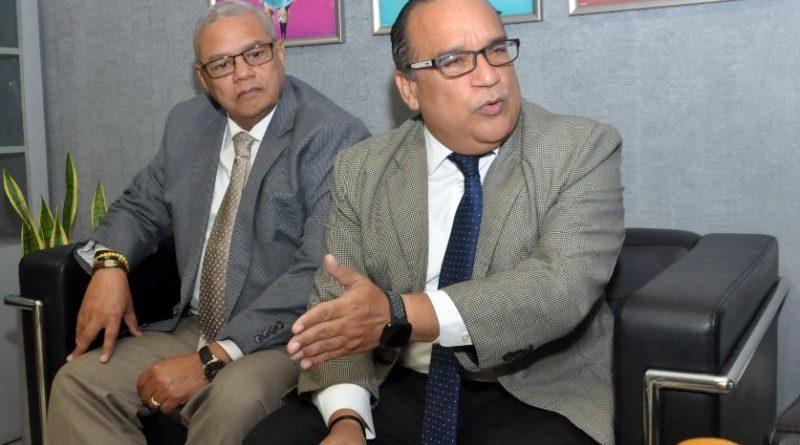 ARS Senasa dice está fuerte y reclama eleven cápita en SFS