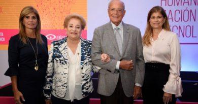 """Amadita realiza II Simposio,""""El Laboratorio Clínico hoy: Humanización y Tecnología"""""""