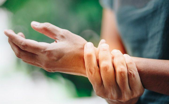 OJO ¿Por qué la osteoporosis nos afecta más a las mujeres?