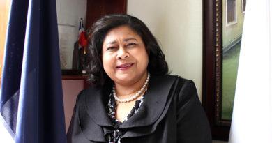 Colegio Enfermeras pide al gobierno declare 2020 año de la enfermera