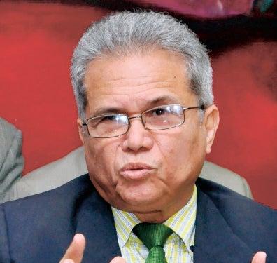 CMD acusa ministro de romper diálogo; funcionario niega ruptura