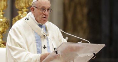 El Papa pide mejor atención médica para los pobres