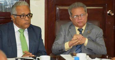 CMD y ministro de Salud retoman diálogo, redactarán acuerdo