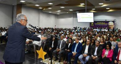 Ministro Salud asegura Atención Primaria es prioridad para el sistema este año