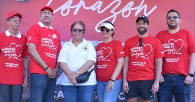 Farmacia Carol apoya Caminata por el Corazón