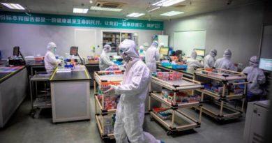China eleva a 2,118 el número de muertos por coronavirus