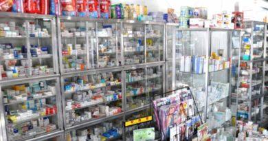 Médicos advierten a población no automedicar; agotan antivirales