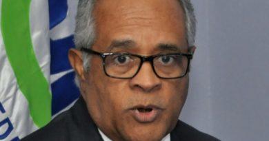 ATENCIÓN: Ministro deplora campaña rumores que dañan el país