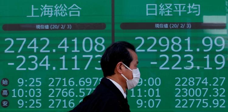 La Bolsa de Tokio se desplomó más de 3% por temor al impacto económico del coronavirus