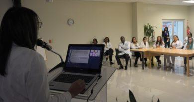 Hospital Materno Dr. Reynaldo Almánzar orienta sobre el Coronavirus