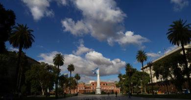"""Argentina declara el """"aislamiento social preventivo"""" por el coronavirus hasta el 31 de marzo"""