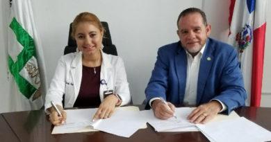 Escuela Medicina UNPHU firma convenio con Hospital Jacinto Mañón