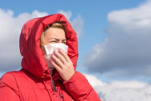 El coronavirus no se transmite por el aire según la OMS