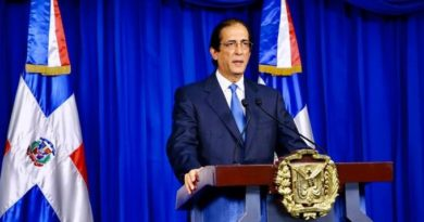 Ministro de la Presidencia dice no está permitido que los municipios tomen la decisión de aislarse