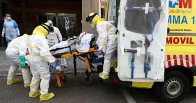 España registra 435 muertes por covid-19 en las últimas 24 horas, mientras el número total de infectados asciende a más de 208.000