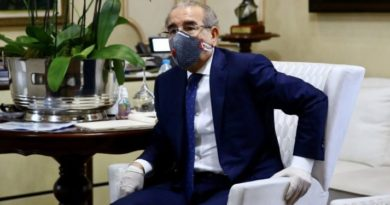 Presidente dominicano prorroga estado de emergencia para combatir COVID-19