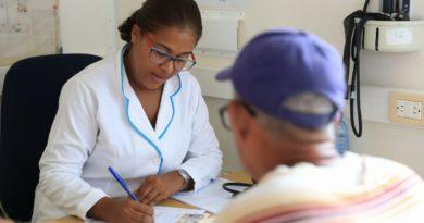 SNS informa funcionan con regularidad las consultas externas y puestos de vacunación