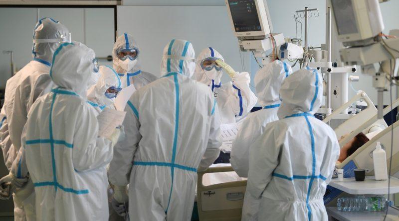 """Expertos alertan que el covid-19 podría """"devorar"""" diez años de la vida de pacientes recuperados"""