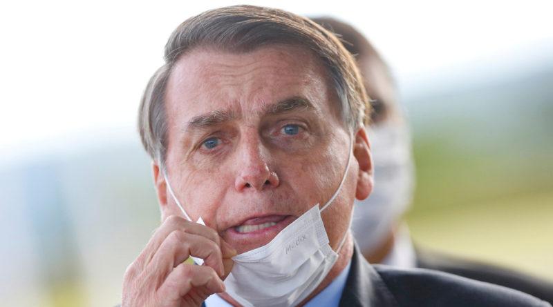 """Bolsonaro llama """"mierda"""" a gobernadores y alcaldes que imponen cuarentenas para contener el coronaviru"""
