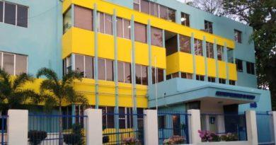 SNS y ARS firman acuerdo garantiza hospitales reciban recursos por atender afiliados privados afectados por COVID-19