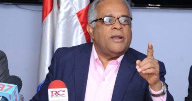 Ministro de Salud explica el porqué del aumento exponencial de nuevos contagios de COVID-19