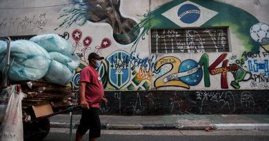 América Latina supera las 50.000 muertes por coronavirus con Brasil como principal foco del brote