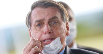 """Bolsonaro amenaza con la salida de Brasil de la OMS si la organización no deja de lado sus """"prejuicios ideológicos"""""""