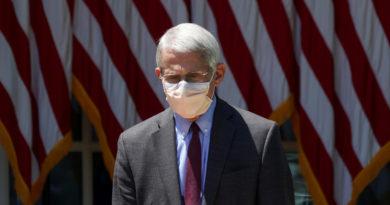 """El principal epidemiólogo de EE.UU.: el coronavirus """"resultó ser mi peor pesadilla"""" y aún """"no ha terminado"""""""