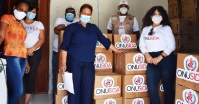 Entregan raciones alimenticias y artículos de prevención a personas que viven con VIH