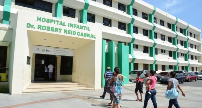 Robert Reid reinicia consultas médicas