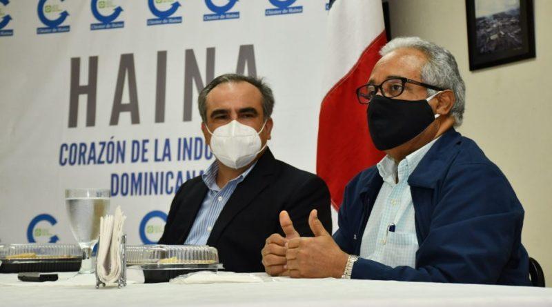 Ministro de Salud advierte sobre riesgo de conglomerado en mesas electorales