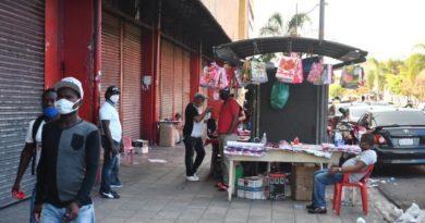 Bajas ventas y cementerios vacíos caracterizaron celebración Día de la Madre en medio de la pandemia COVID-19