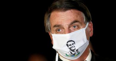 """""""Bolsonaro comete otro crimen"""": Periodistas demandarán al presidente de Brasil por exponerlos al covid-19"""