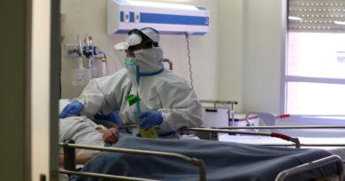 Se niega a usar tapabocas al entrar al hospital para dar a luz, da positivo al coronavirus tras el parto y parte del personal termina en cuarentena