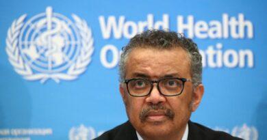 La Organización Mundial de la Salud afirma COVID-19 mantendrá el mundo en alerta hasta octubre