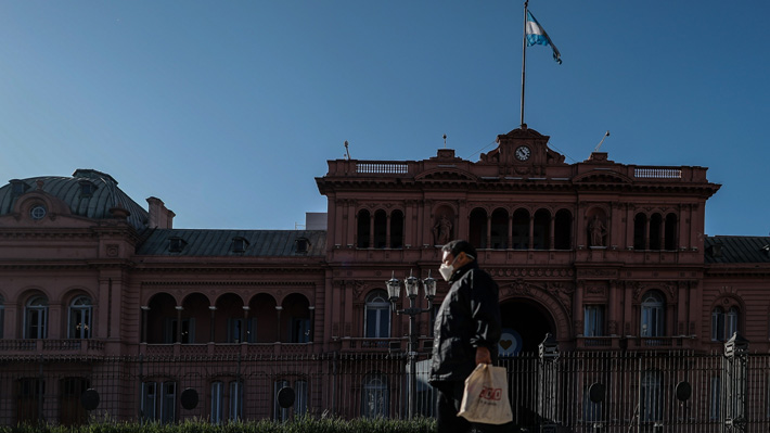 Argentina supera los 250 mil casos de covid-19 y reporta 131 nuevos fallecimientos