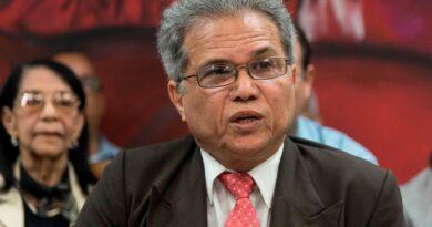 Presidente del CMD rechaza variarción horario toque queda