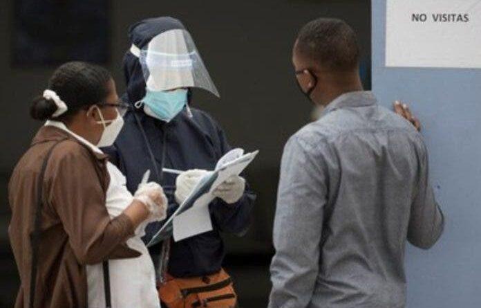 Salud registra diez muertes por coronavirus y 574 casos nuevos