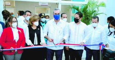 Comunidad recibe Centro de Diagnóstico